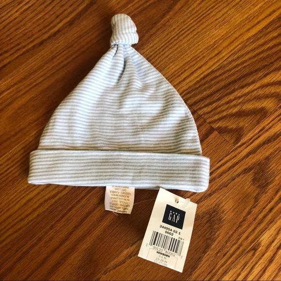 GAP Other - Baby gap Newborn Top Knot Hat NWT